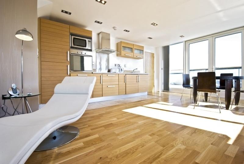 advantages of vinyl flooring over other types of floors On vinyl floor covering